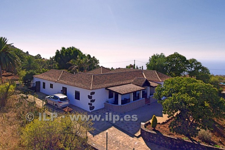 4 Bed  Villa/House for Sale, In the outskirts, Puntagorda, La Palma - LP-P67 2