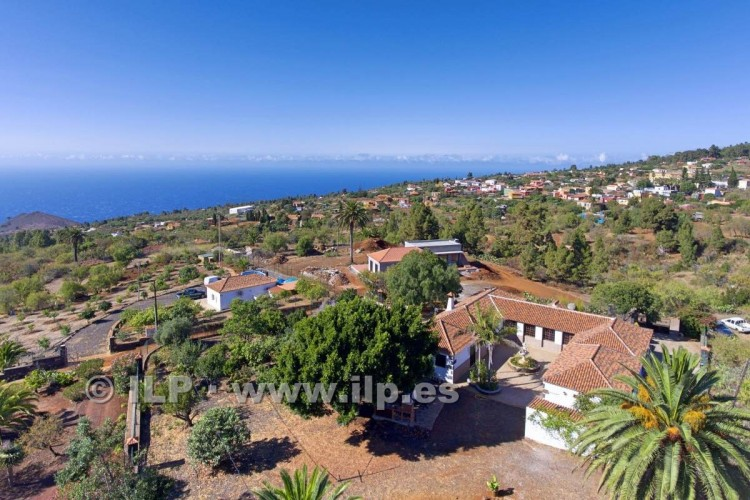4 Bed  Villa/House for Sale, In the outskirts, Puntagorda, La Palma - LP-P67 4