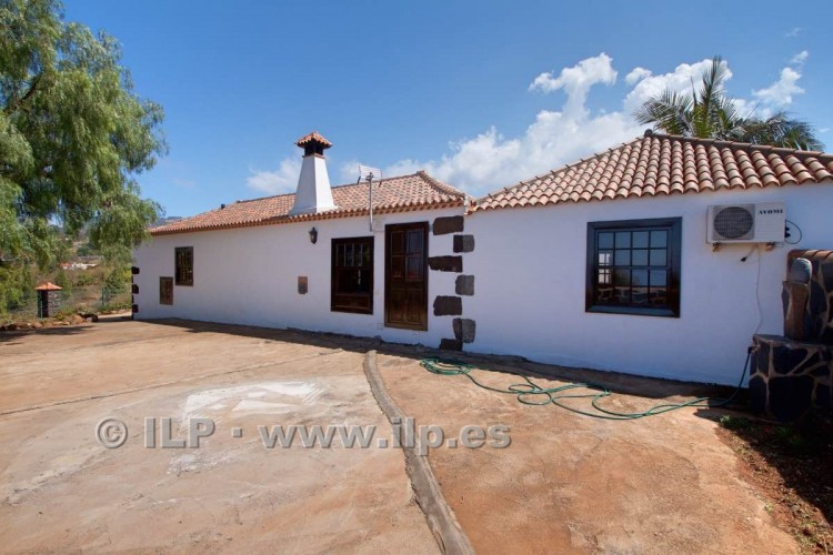 4 Bed  Villa/House for Sale, In the outskirts, Puntagorda, La Palma - LP-P67 6