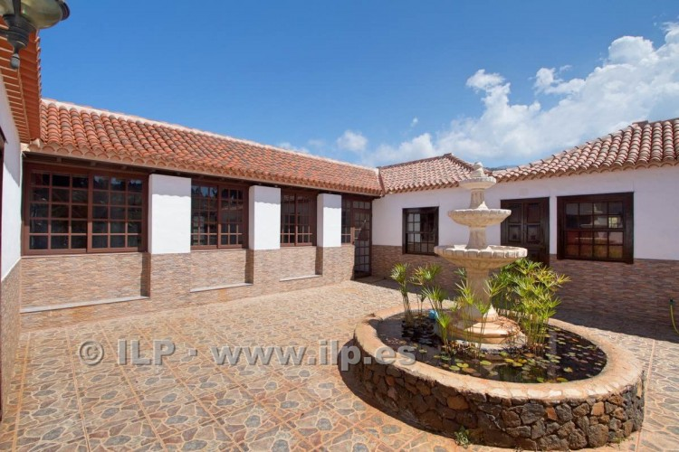 4 Bed  Villa/House for Sale, In the outskirts, Puntagorda, La Palma - LP-P67 8