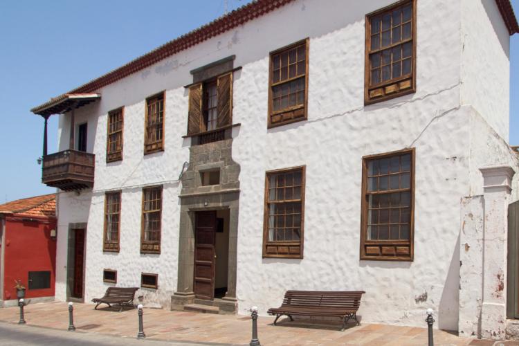 16 Bed  Villa/House for Sale, In the historic center, Los Llanos, La Palma - LP-L483 1