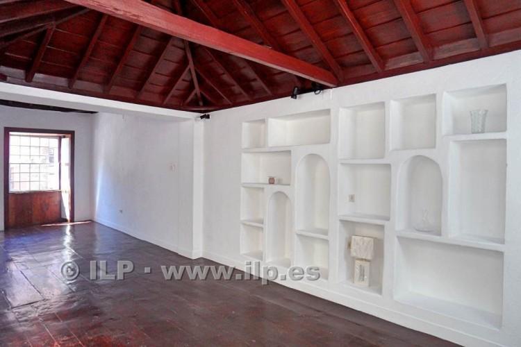 3 Bed  Villa/House for Sale, In the historic center, Santa Cruz, La Palma - LP-SC64 10