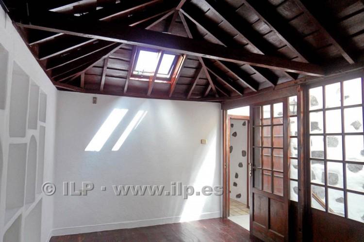 3 Bed  Villa/House for Sale, In the historic center, Santa Cruz, La Palma - LP-SC64 15