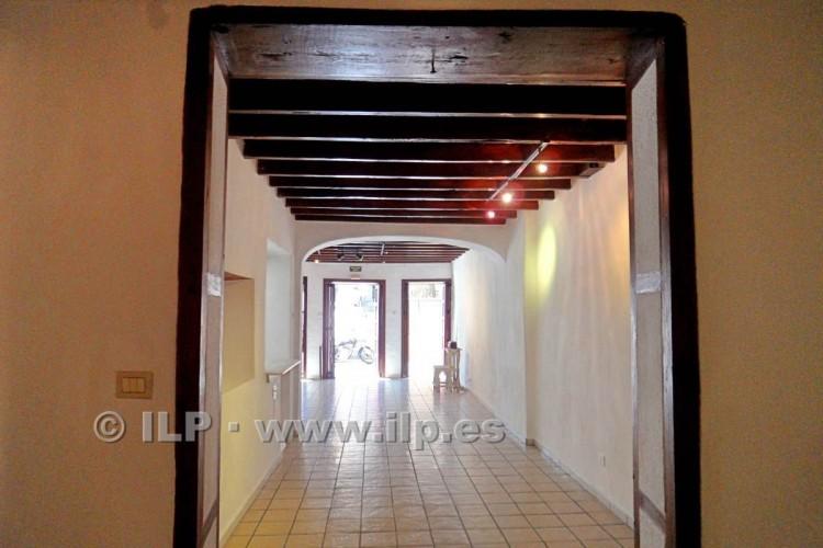 3 Bed  Villa/House for Sale, In the historic center, Santa Cruz, La Palma - LP-SC64 2