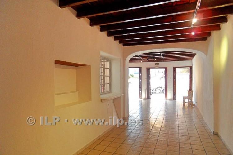 3 Bed  Villa/House for Sale, In the historic center, Santa Cruz, La Palma - LP-SC64 3