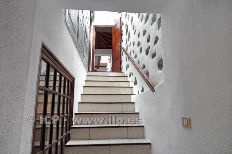 3 Bed  Villa/House for Sale, In the historic center, Santa Cruz, La Palma - LP-SC64 8