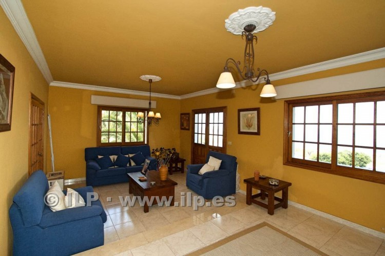 8 Bed  Villa/House for Sale, El Paso, La Palma - LP-E586 10