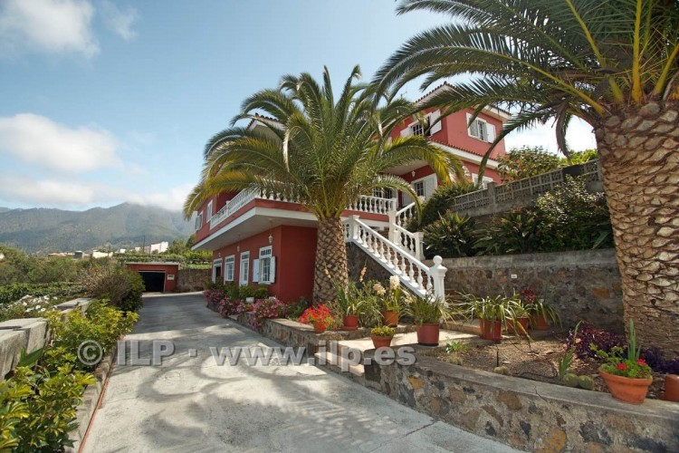 8 Bed  Villa/House for Sale, El Paso, La Palma - LP-E586 3