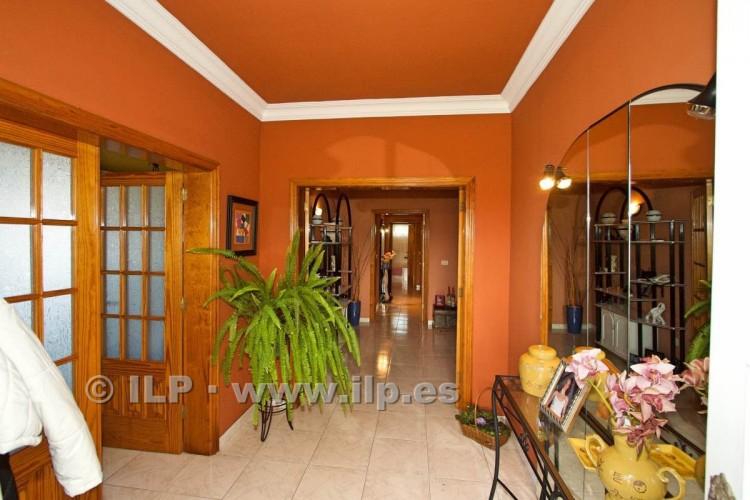 8 Bed  Villa/House for Sale, El Paso, La Palma - LP-E586 8