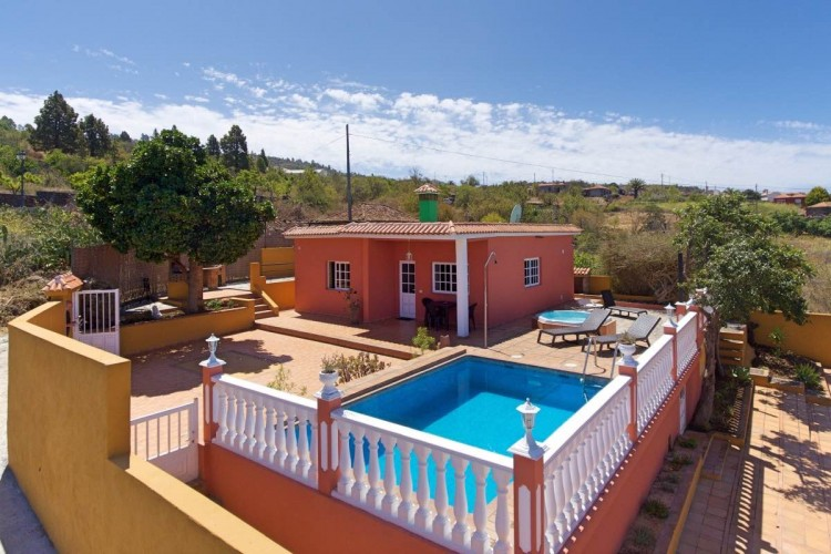 2 Bed  Villa/House for Sale, In the outskirts, Puntagorda, La Palma - LP-P68 1