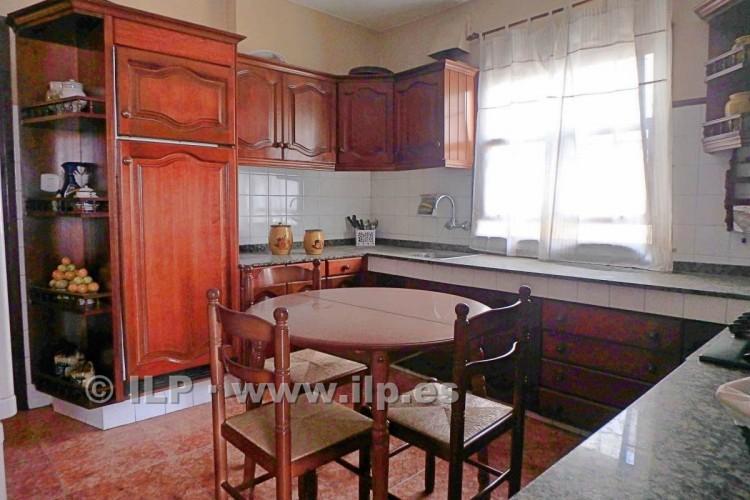 3 Bed  Villa/House for Sale, In the urban area, Santa Cruz, La Palma - LP-SC63 11