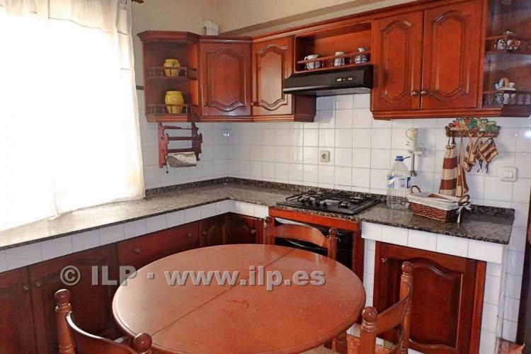 3 Bed  Villa/House for Sale, In the urban area, Santa Cruz, La Palma - LP-SC63 13