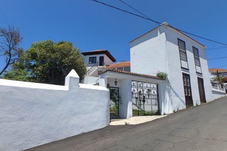 6 Bed  Villa/House for Sale, Tenerra, El Paso, La Palma - LP-E579 2