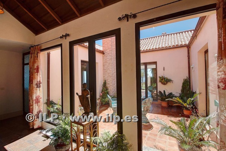 5 Bed  Villa/House for Sale, Tigalate, Mazo, La Palma - LP-M99 11