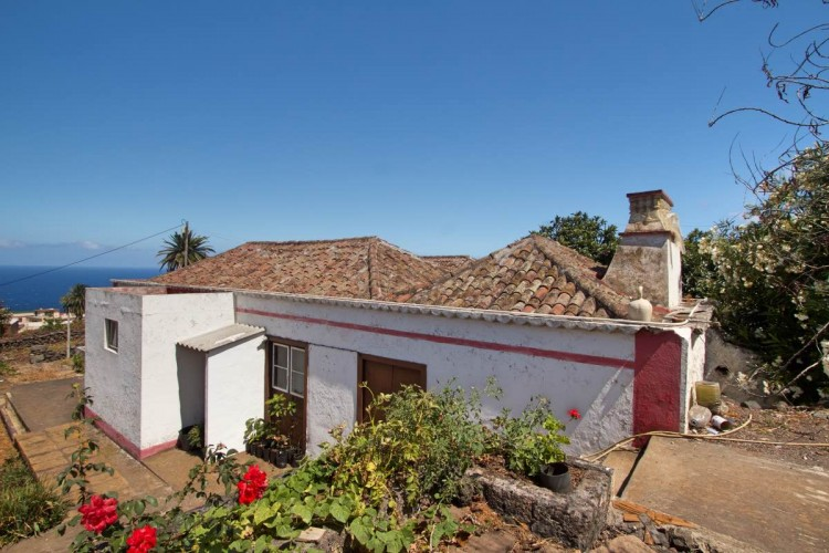6 Bed  Villa/House for Sale, El Socorro, Breña Baja, La Palma - LP-BB51 1