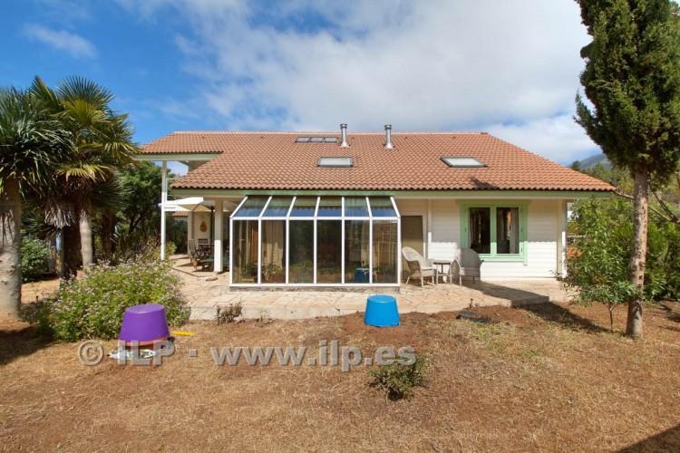 4 Bed  Villa/House for Sale, El Barrial, El Paso, La Palma - LP-E562 10