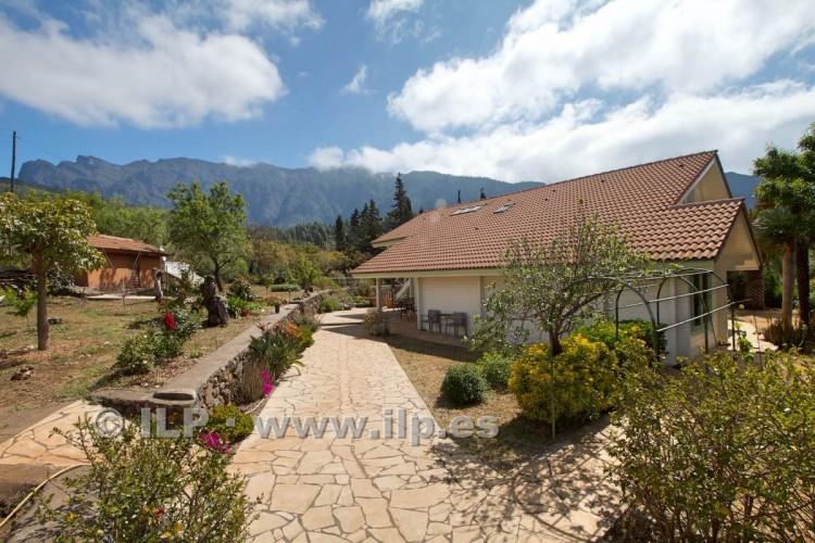 4 Bed  Villa/House for Sale, El Barrial, El Paso, La Palma - LP-E562 15
