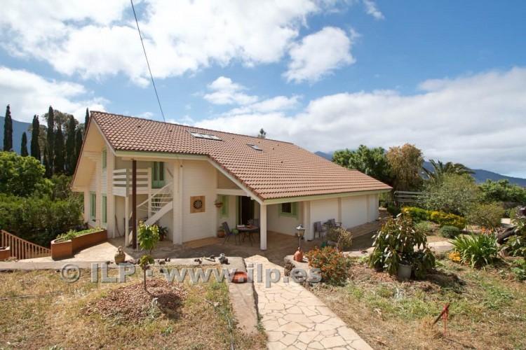 4 Bed  Villa/House for Sale, El Barrial, El Paso, La Palma - LP-E562 2