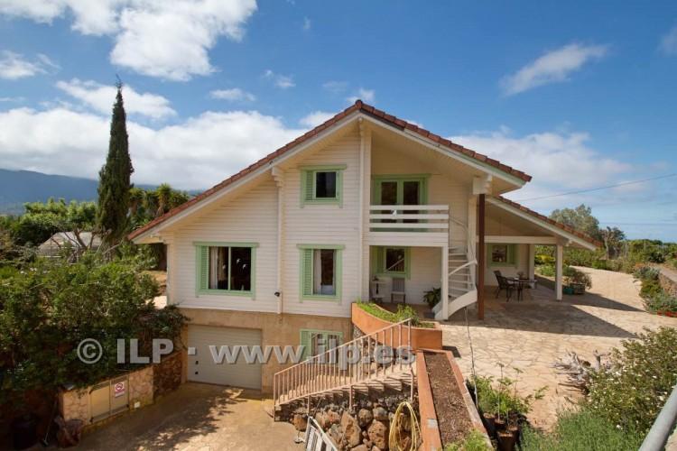 4 Bed  Villa/House for Sale, El Barrial, El Paso, La Palma - LP-E562 3
