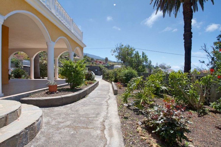 2 Bed  Villa/House for Sale, Tajuya, El Paso, La Palma - LP-E559 10