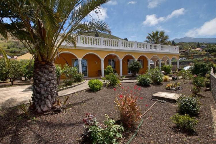 2 Bed  Villa/House for Sale, Tajuya, El Paso, La Palma - LP-E559 2