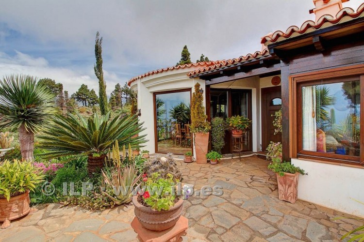 5 Bed  Villa/House for Sale, Tacande, El Paso, La Palma - LP-E554 11