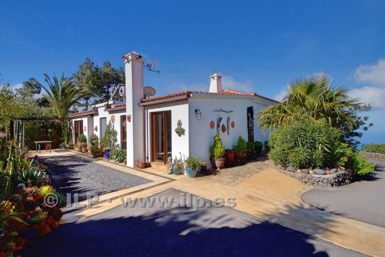 5 Bed  Villa/House for Sale, Tacande, El Paso, La Palma - LP-E554 6