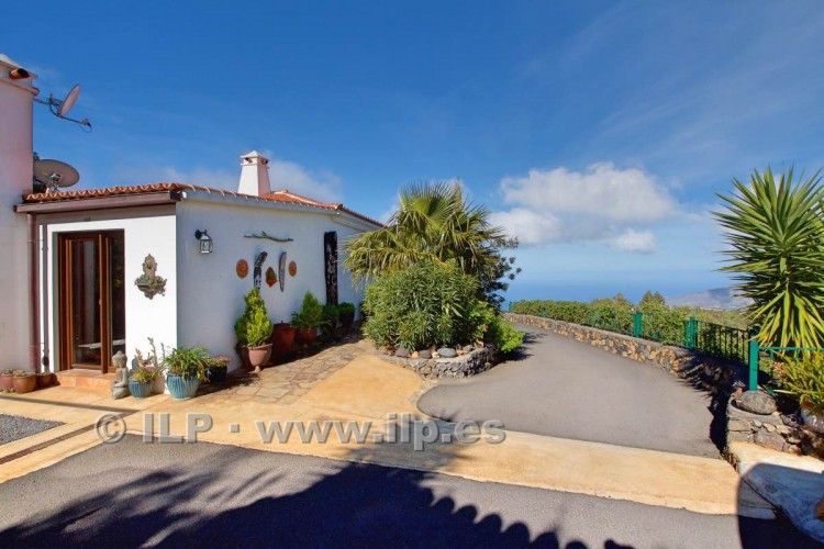 5 Bed  Villa/House for Sale, Tacande, El Paso, La Palma - LP-E554 7
