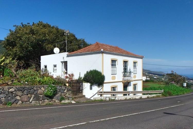 4 Bed  Villa/House for Sale, La Galga, Puntallana, La Palma - LP-Pu29 1