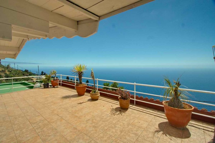 3 Bed  Villa/House for Sale, El Charco, Fuencaliente, La Palma - LP-F45 1