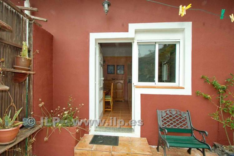 3 Bed  Villa/House for Sale, El Charco, Fuencaliente, La Palma - LP-F45 6