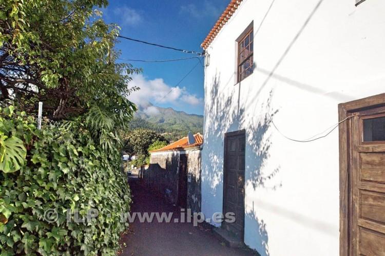 4 Bed  Villa/House for Sale, La Rosa, El Paso, La Palma - LP-E538 4