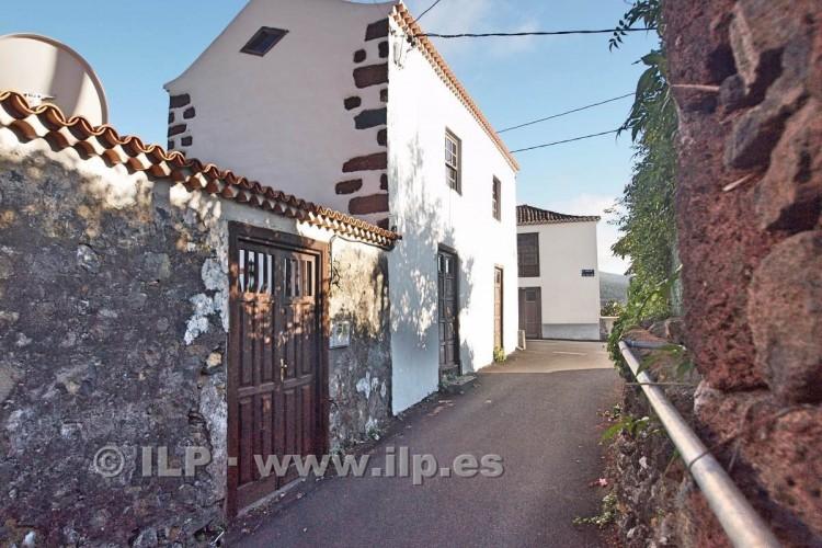 4 Bed  Villa/House for Sale, La Rosa, El Paso, La Palma - LP-E538 5