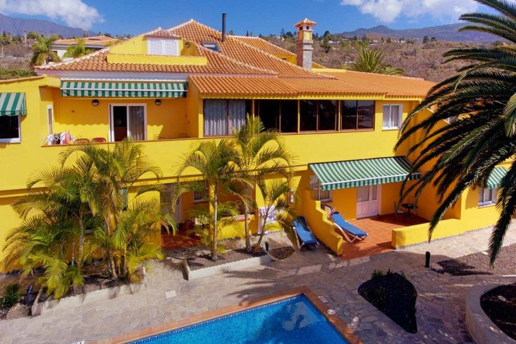 10 Bed  Villa/House for Sale, Tajuya, Los Llanos, La Palma - LP-L467 1