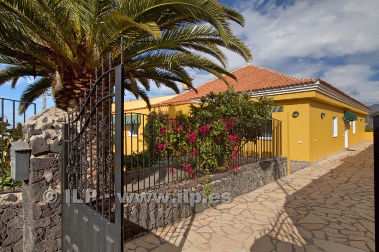 10 Bed  Villa/House for Sale, Tajuya, Los Llanos, La Palma - LP-L467 5