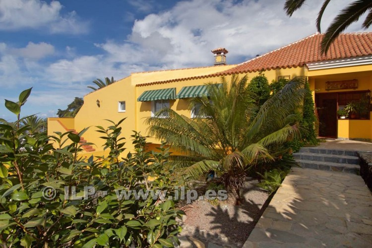 10 Bed  Villa/House for Sale, Tajuya, Los Llanos, La Palma - LP-L467 6