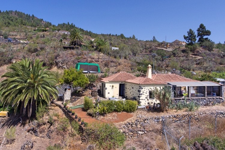 2 Bed  Villa/House for Sale, La Punta, Tijarafe, La Palma - LP-Ti131 1