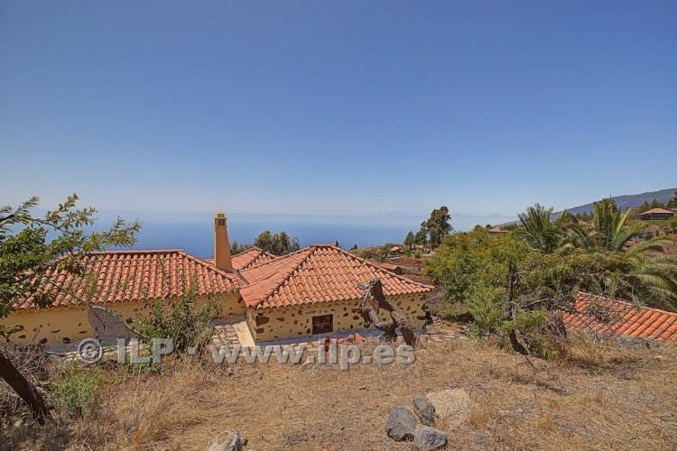 2 Bed  Villa/House for Sale, La Punta, Tijarafe, La Palma - LP-Ti131 10
