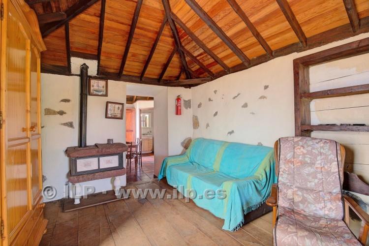 2 Bed  Villa/House for Sale, La Punta, Tijarafe, La Palma - LP-Ti131 19