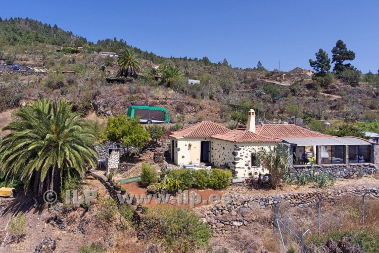 2 Bed  Villa/House for Sale, La Punta, Tijarafe, La Palma - LP-Ti131 3