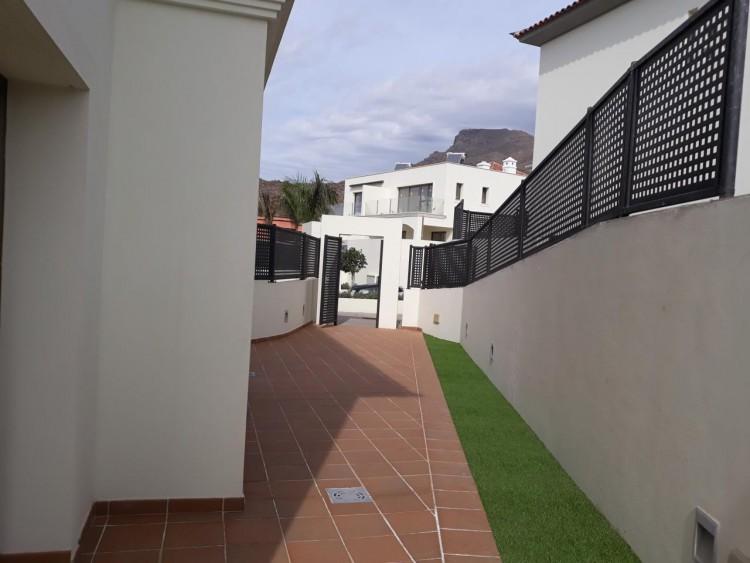 3 Bed  Villa/House for Sale, Chayofa, Santa Cruz de Tenerife, Tenerife - IN-209 18