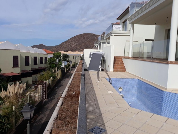 3 Bed  Villa/House for Sale, Chayofa, Santa Cruz de Tenerife, Tenerife - IN-209 5