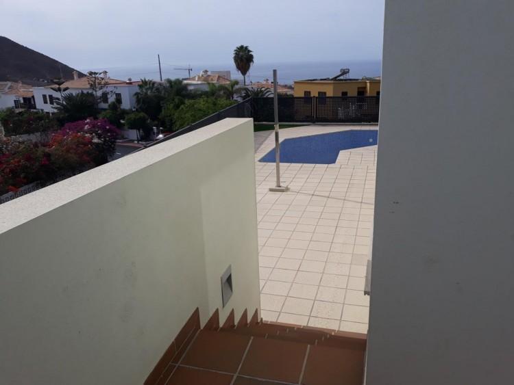 3 Bed  Villa/House for Sale, Chayofa, Santa Cruz de Tenerife, Tenerife - IN-209 9