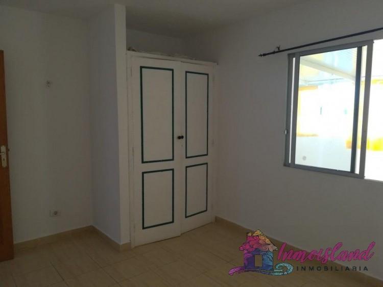 2 Bed  Flat / Apartment for Sale, Granadilla de Abona, Santa Cruz de Tenerife, Tenerife - IN-200 10
