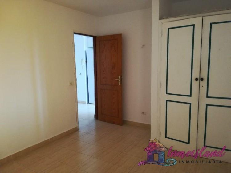 2 Bed  Flat / Apartment for Sale, Granadilla de Abona, Santa Cruz de Tenerife, Tenerife - IN-200 11