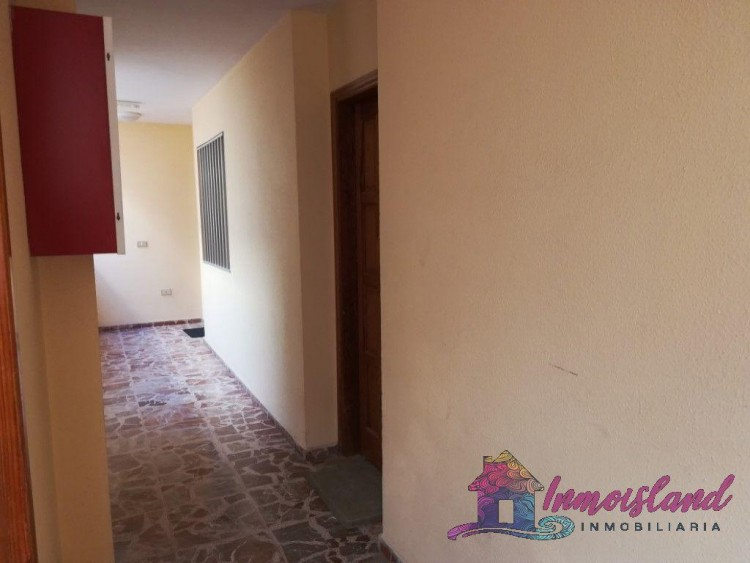 2 Bed  Flat / Apartment for Sale, Granadilla de Abona, Santa Cruz de Tenerife, Tenerife - IN-200 12