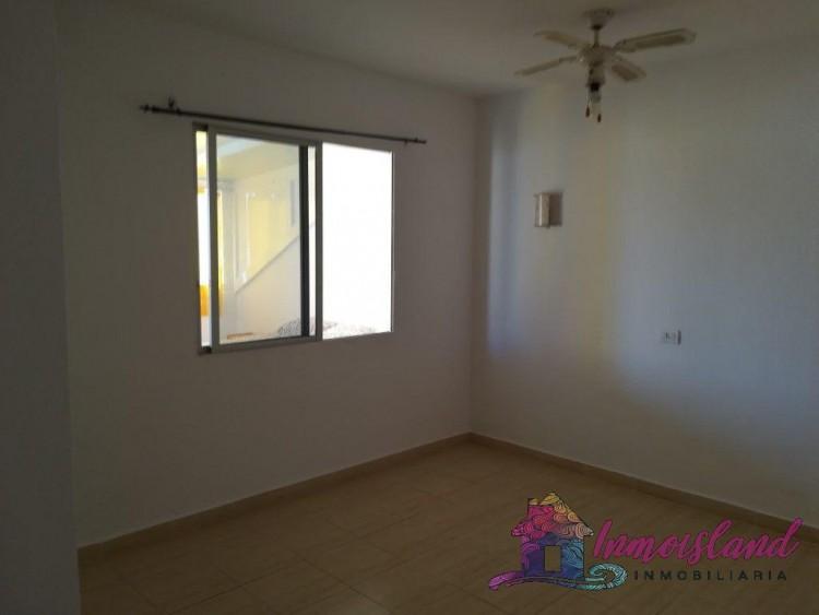 2 Bed  Flat / Apartment for Sale, Granadilla de Abona, Santa Cruz de Tenerife, Tenerife - IN-200 9
