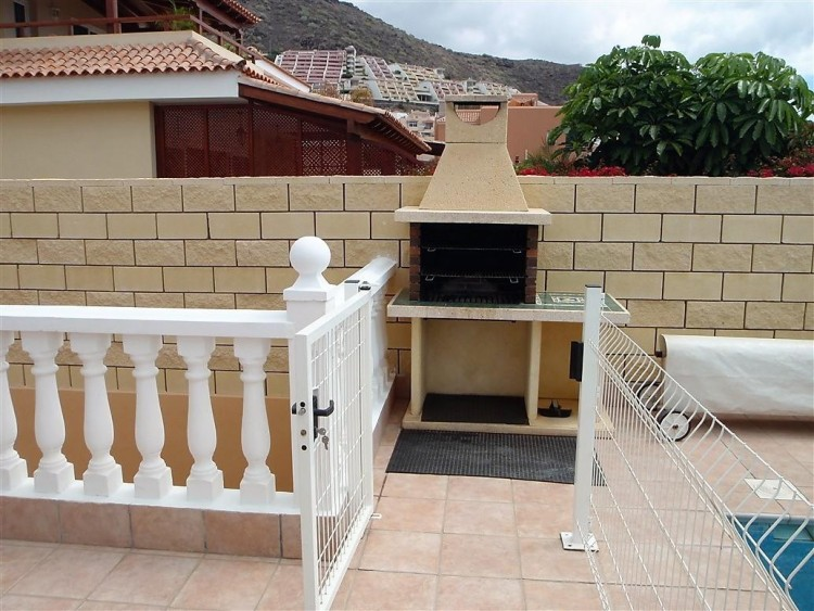 3 Bed  Villa/House for Sale, Adeje, Santa Cruz De Tenerife, Tenerife - IN-162 6