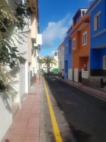 3 Bed  Villa/House for Sale, Guía de Isora, Santa Cruz de Tenerife, Tenerife - IN-125
