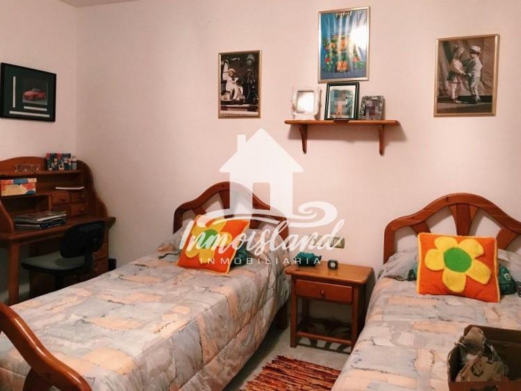 5 Bed  Villa/House for Sale, Arona, Santa Cruz de Tenerife, Tenerife - IN-107 17